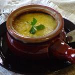 Naujos nuotraukos prancūziškai svogūnų sriubai